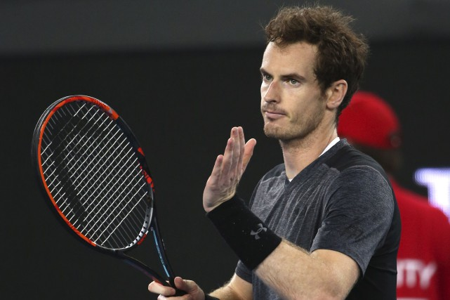 Le numéro 2 mondial, Andy Murray, a battu... (AP, Rick Rycroft)