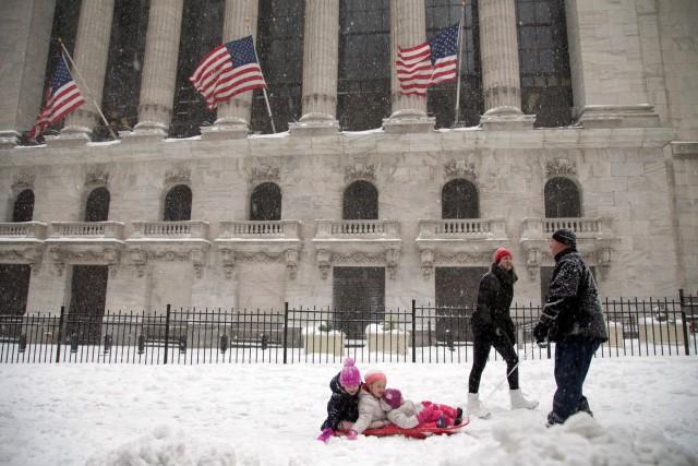 De 30 à 45 cm de neige sont... (AP, Julie Jacobson)