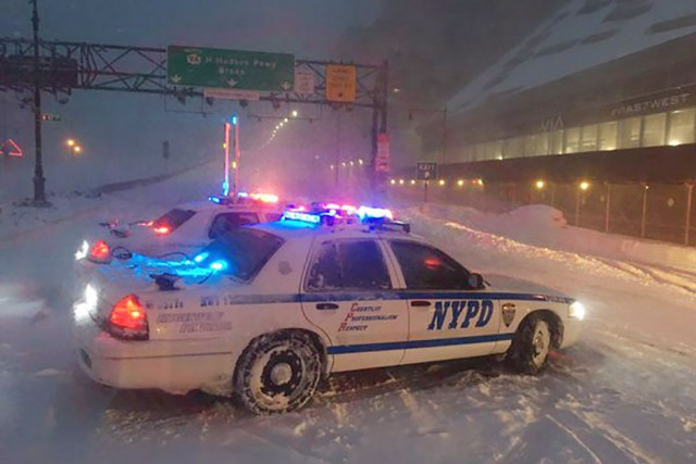 Les autorités de New York ont interdit, en... (PHOTO REUTERS/POLICE DE NEW YORK)