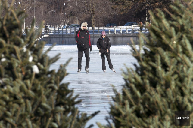 La patinoire du canal Rideau est ouverte entre... (Martin Roy, LeDroit)