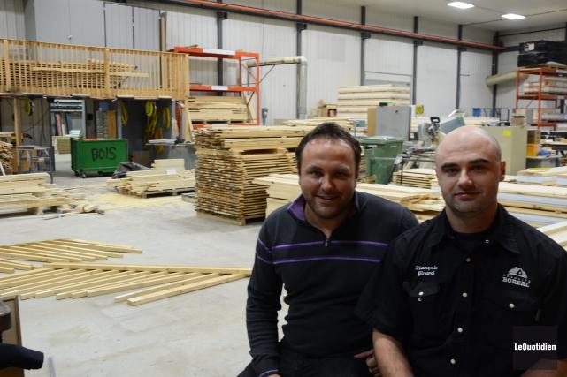 Patrick et François Girard prévoient augmenter la production... (Photo Le Quotidien, Patricia Rainville)