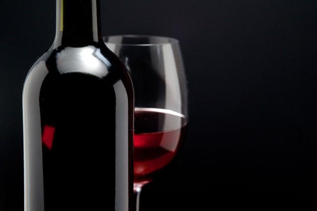 Il sera possible d'acheter du vin, de la bière et du cidre dans quelque 300... (PHOTO THINKSTOCK)