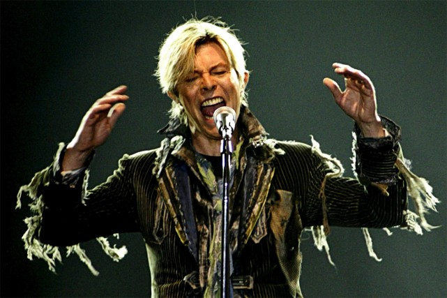 David Bowie n'a plus jamais donné de spectacle après sa tournée... (PHOTO ARCHIVES REUTERS)