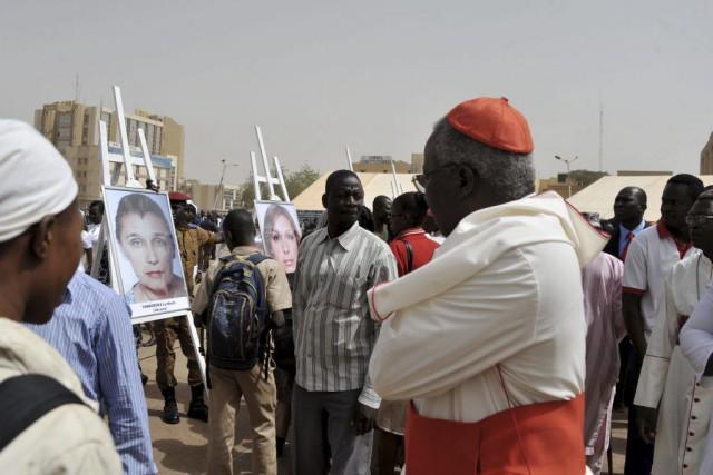 Des milliers de personnes ont assisté à lacérémonie... (PHOTO OUOBA AHMED, AFP)