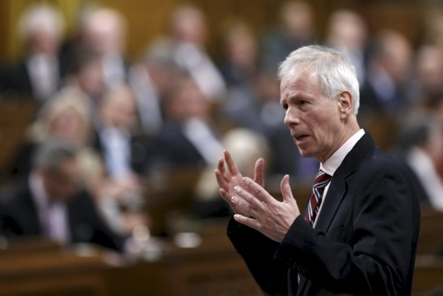 Le ministre des Affaires étrangères, Stéphane Dion.... (PHOTO CHRIS WATTIE, REUTERS)