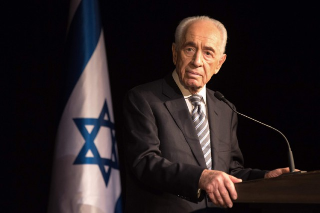 Shimon Peres... (PHOTO ARCHIVES AFP)