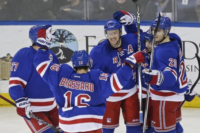 Derick Brassard a obtenu deux buts et trois passes alors que les Rangers de New... (PHOTO AP)