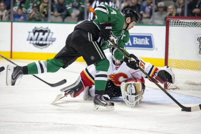 Jamie Benn et Jason Spezza ont trouvé le fond du filet dans un intervalle de 80... (PHOTO AP)