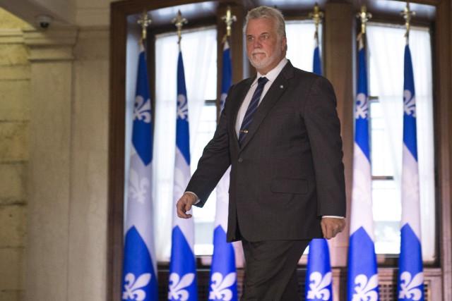 Le premier ministre Philippe Couillard... (La Presse Canadienne, Jacques Boissinot)