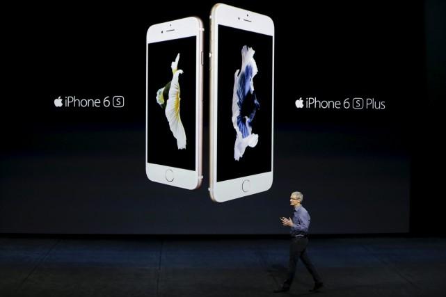 Le groupe informatique américain Apple a confirmé mardi que les ventes de... (AP, Eric Risberg)