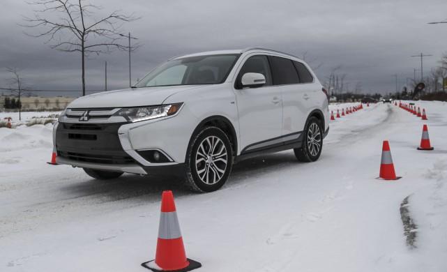 Les bonnes techniques de conduite hivernale devraient être... (Spectre, Marie-Lou Béland)