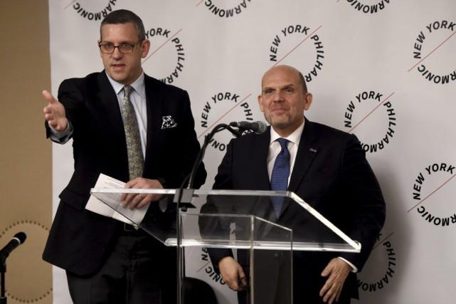 Matthew VanBesien, président duPhilharmonique de New York, présente... (PHOTO AFP)