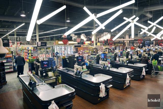 La bataille pour attirer les consommateurs dans ses... (Le Soleil, Jean-Marie Villeneuve)