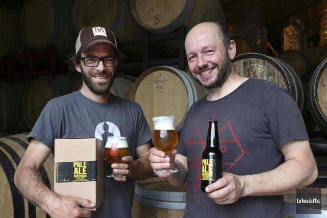 La Brasserie Dunham exporte déjà ses bières en... (archives La Voix de l'Est)
