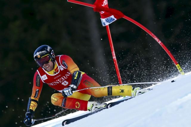 Blessé et victime d'une chute en Autriche, Dustin... (Alessandro Trovati, Archives AP)