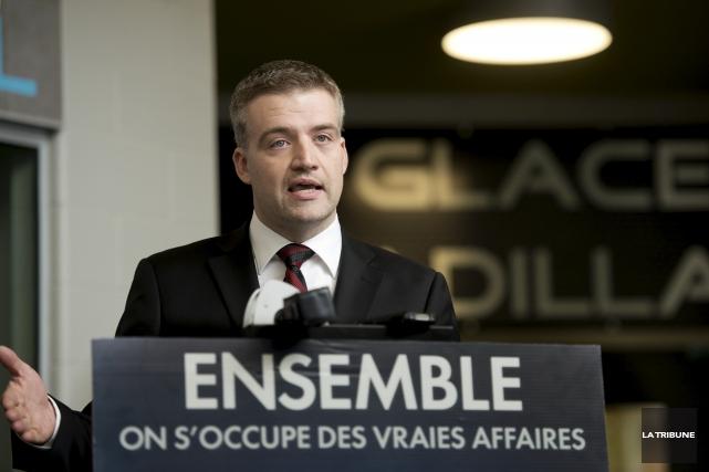 Le député de Sherbrooke Luc Fortin doit accéder... (Archives, La Tribune)