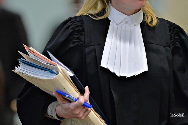 Un groupe de 14 juristes réclame une enquête publique sur l'écoute et... (Photothèque Le Soleil, Patrice Laroche)