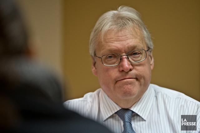 Le ministre de la Santé et des Services... (PHOTO PATRICK SANFAÇON, ARCHIVES LA PRESSE)