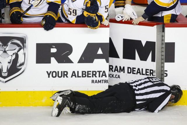 Le défenseur Dennis Wideman des Flames de Calgary a été suspendu pour une... (Photo AP)