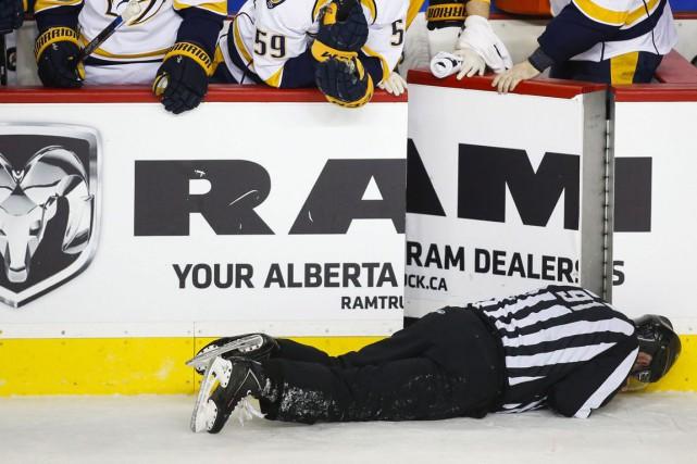 Le défenseur Dennis Wideman des Flames de Calgary a été suspendu pour une... (Archives AP)