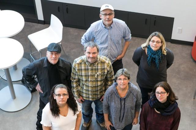 Un groupe de propriétaires de ressources pour personnes... (PHOTO HUGO-SÉBASTIEN AUBERT, LA PRESSE)