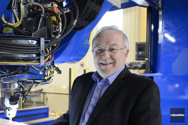 Louis Dussault, directeur général du CEE-UQAC.... (Photo Le Quotidien, Jeannot Lévesque)