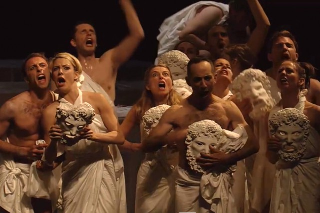 Extrait du spectacle Mont Olympus, de Jan Fabre... (Image tirée de la bande-annonce)