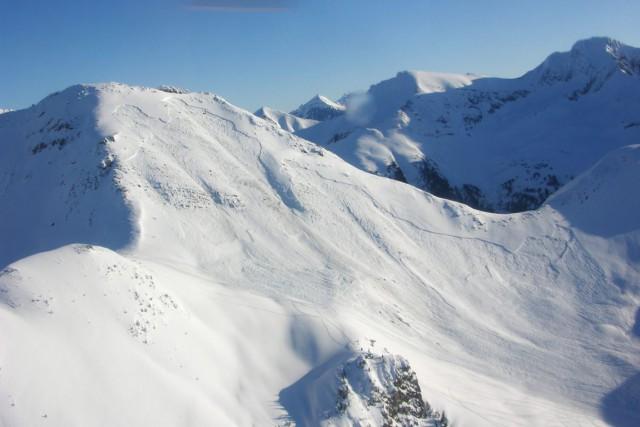 Au moins cinq personnes sont mortes dans une avalanche près de McBride, en... (Photo d'archives, PC)