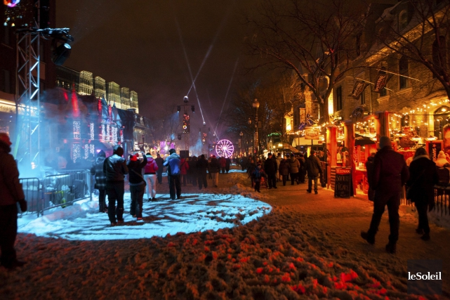 Les fêtes du 31décembre sur la Grande Allée... (Photohèque Le Soleil, Caroline Grégoire)