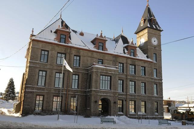 L'ancien hôtel de ville de Port-Alfred a été... (Photo Le Progrès-Dimanche, Mariane L. St-Gelais)