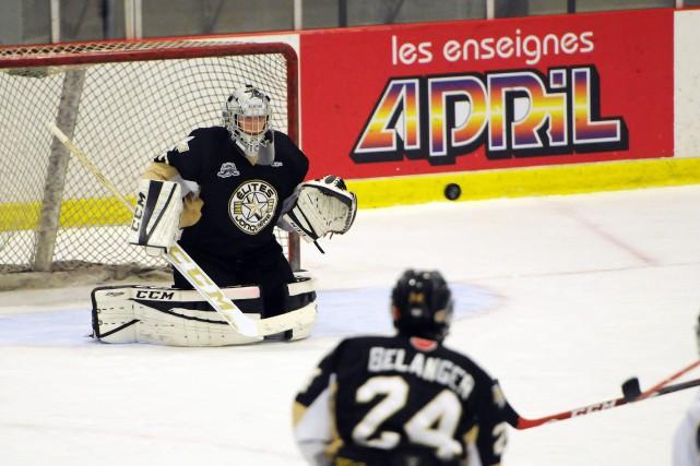 Olivier Rodrigue a fait face à 31 tirs... (Archives Le Progrès-Dimanche, Louis Potvin)