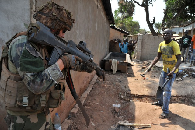 Un soldat français en Centrafrique.... (Photo archives AFP)