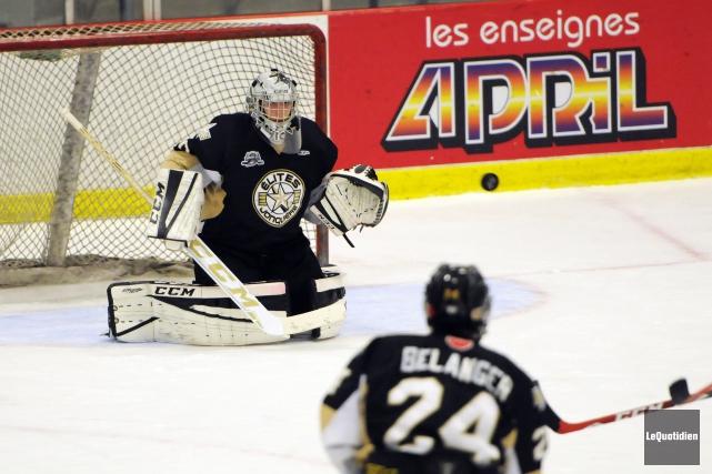 Le numéro 24Jean-Simon Bélanger a compté deux buts... (Archives Le Quotidien, Mariane L. St-Gelais)