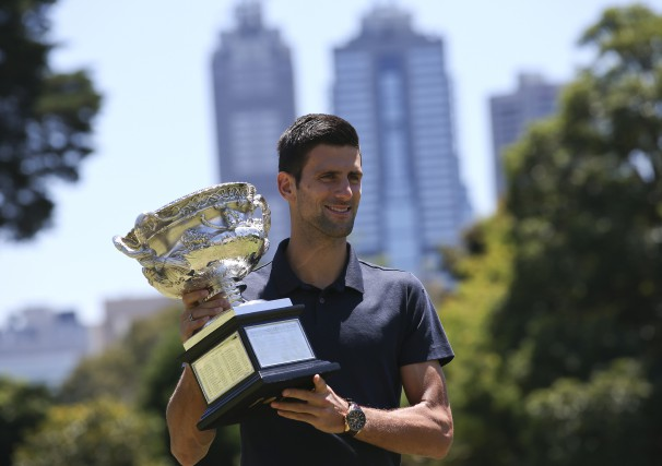 Le Serbe Novak Djokovic a égalé la marque... (AP, Rick Rycroft)