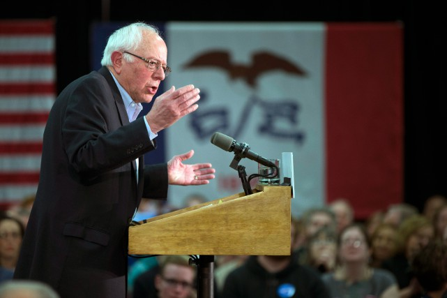 Bernie Sanders a des chances de remporter l'Iowa... (PHOTO MARK KAUZLARICH REUTERS)