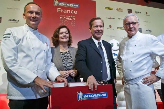 Alain Ducasse (à droite) et Christian Le Squer... (PHOTO AP)