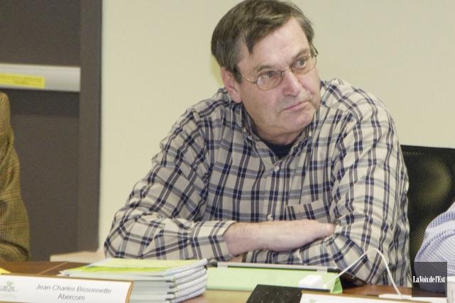 L'ancien maire d'Abercorn, Jean-Charles Bissonnette, tente de nouveau... (archives La Voix de l'Est)