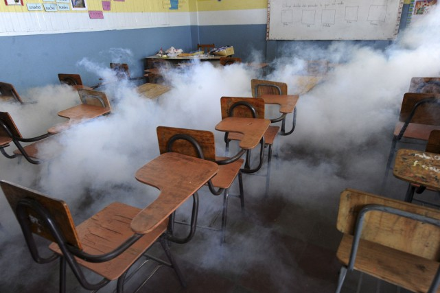 Dans les écoles du Honduras, on procédait lundi... (Agence France-Presse)