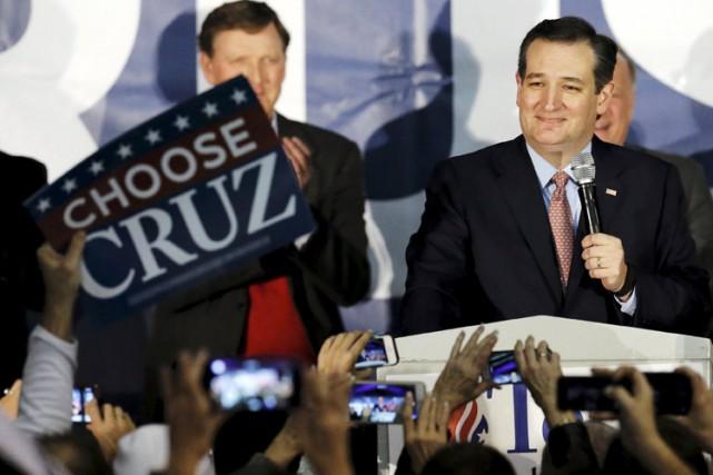 Ted Cruz a célébré sa victoire devant ses... (PHOTO REUTERS)