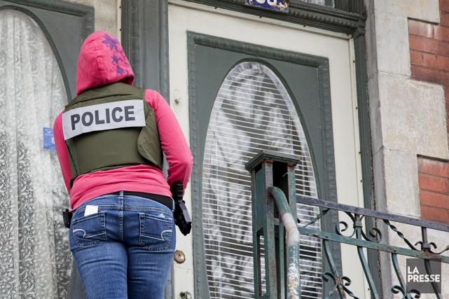Les 13 hommes arrêtés dans le cadre de l'opération «Malaise» portant sur des... (Archives La Presse)