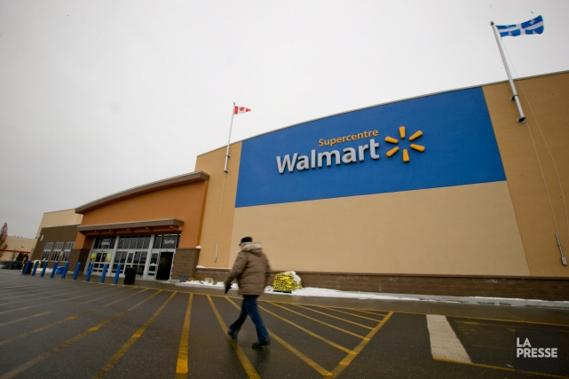 Les Supercentres de Walmart, Économax, Éconofitness, tous en... (Photo David Boily, archives La Presse)