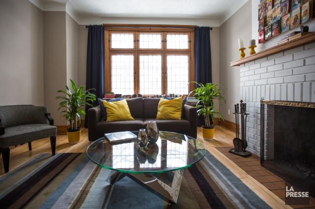 Nous avons changé le canapé de place, acheté... (PHOTO OLIVIER PONTBRIAND, LA PRESSE)