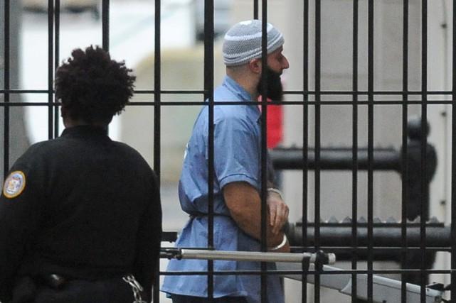 Adnan Syed à son arrivée au palais de... (PHOTO AP)