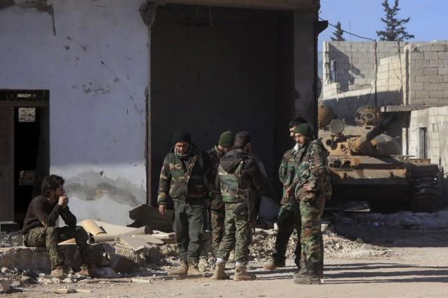 L'armée syrienne a resserré l'étau, mercredi, autour des... (AFP, George Ourfalian)