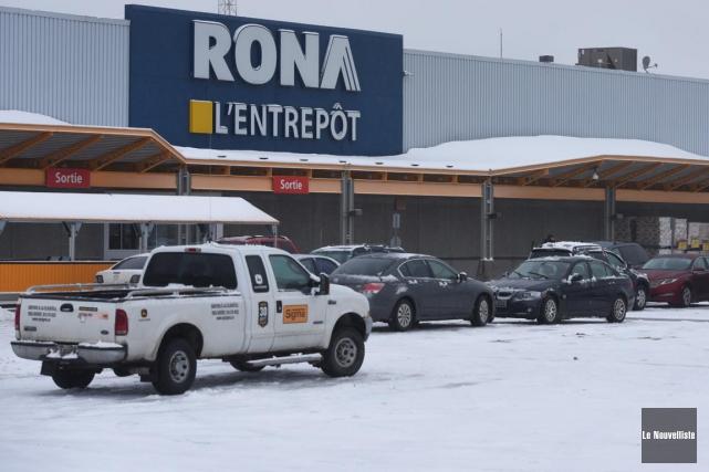 L'achat de Rona par Lowe's est une autre... (François Gervais, Le Nouvelliste)