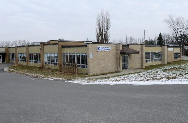 Trois terrains d'écoles de la CSRS devront faire... (Spectre Média, Frédéric Côté)