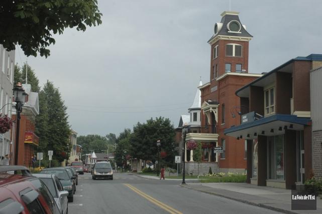 Depuis 2009, la Ville de Farnham a réduit... (Photo Janick Marois, archives la Voix de l'Est)