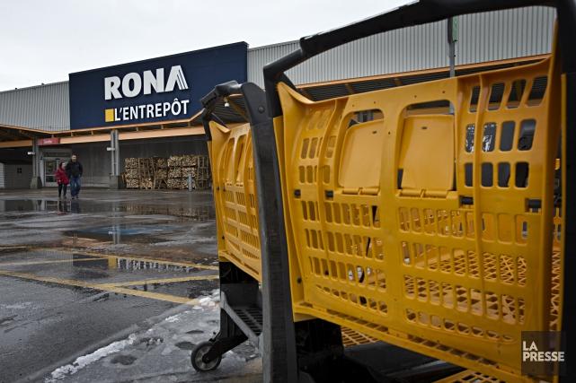 Éditorial / La vente de Rona au géant américain Lowe's pour 3,2 milliards $ CAN... (La Presse, Patrick Sanfaçon)
