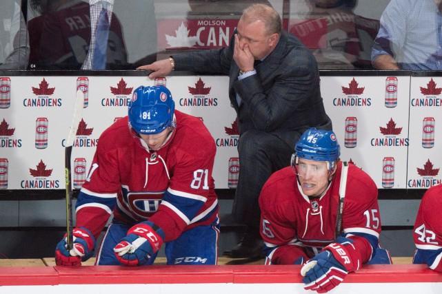 L'entraîneur-chef Michel Therrien, Lars Eller (à gauche) et... (La Presse Canadienne)
