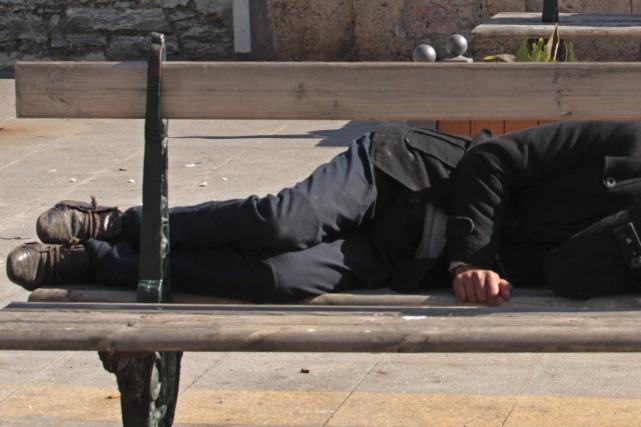Un voleur qui sévissait dans des mosquées algériennes a été arrêté dans l'une... (Photo Ramzi Boudina, Reuters)
